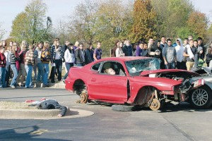 Missouri High School Students Learn about Dangers of Distracted Driving